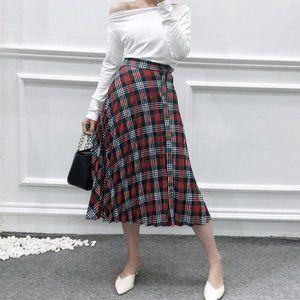 NWT Zara Pleated Plaid A-line Below Knee Skirt